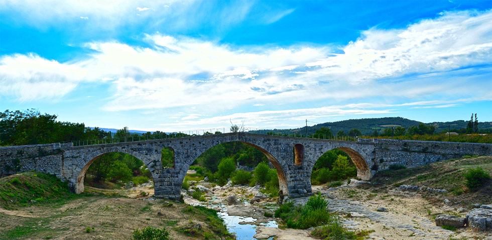 pont-julien-roemerbruecke-luberon-provence