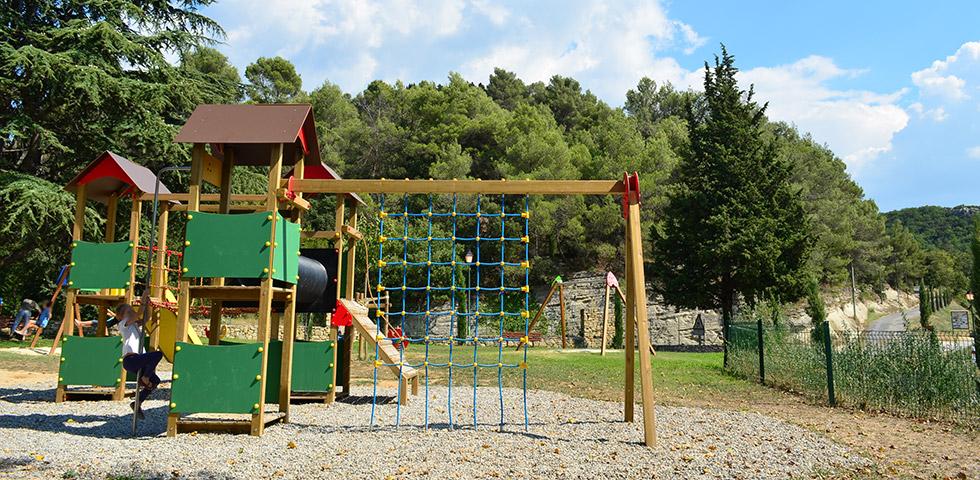 Kinderspielplatz in Bonnieux