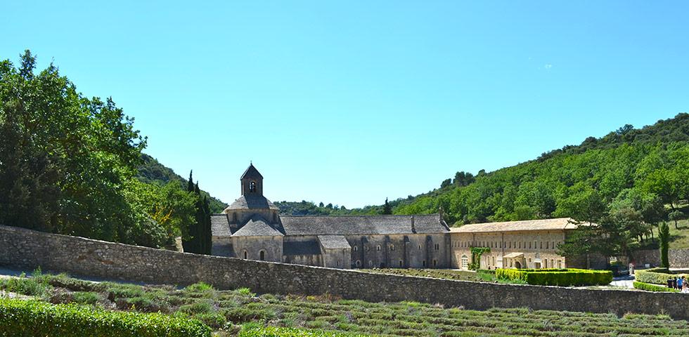 Kloster Notre Dame de Sénanque bei Gordes im Luberon