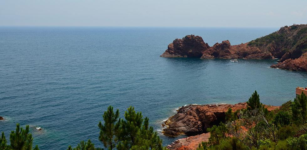 türkisblaue Bucht Massif de l'Estérel Cote d'Azur