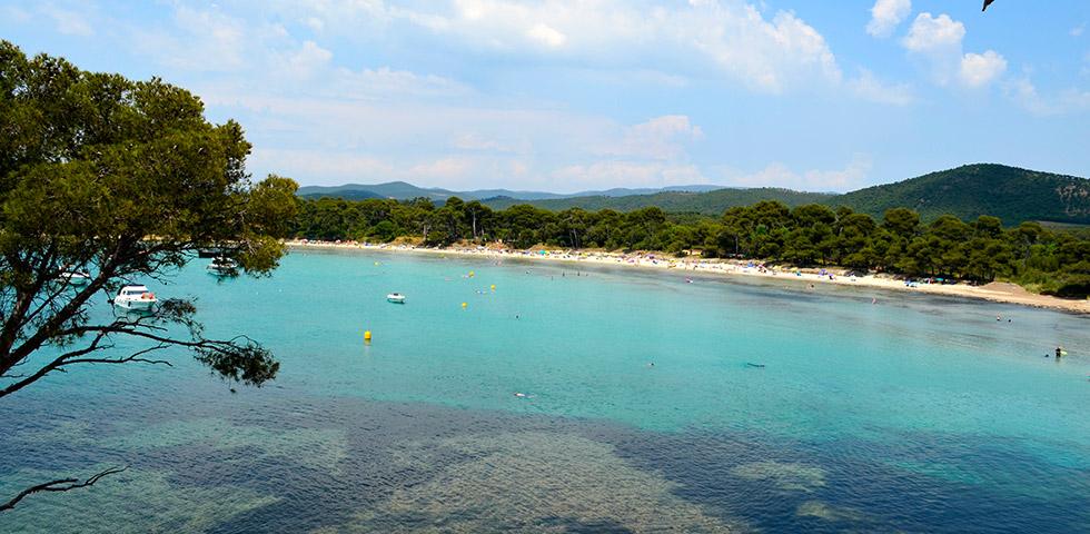 Strand von Estagnol mit schöner Bucht