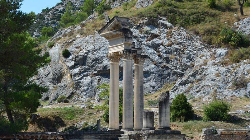 alpilles-glanum-tempel-provence