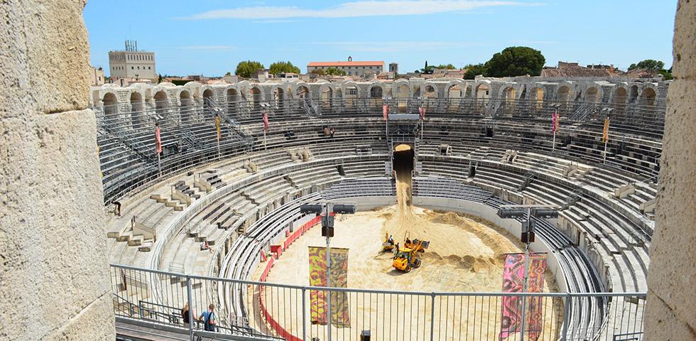 arles-arena-innenansicht-provence