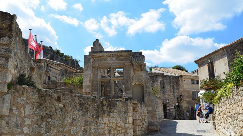 les-beaux-de-provence-dorf-ruinen-reisen