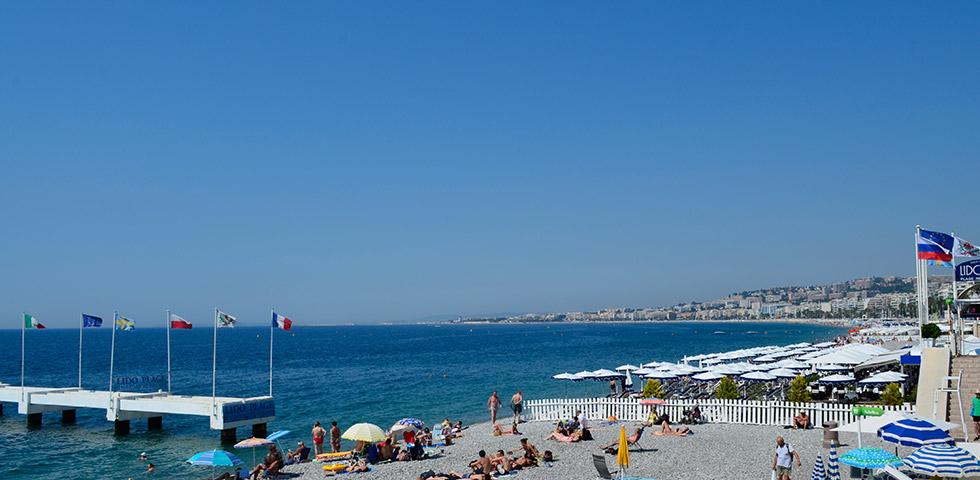 Baie des Anges mit Strandpromenade in Nice / Nizza