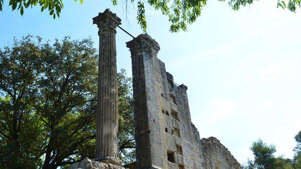tempel-vernegues-luberon-provence