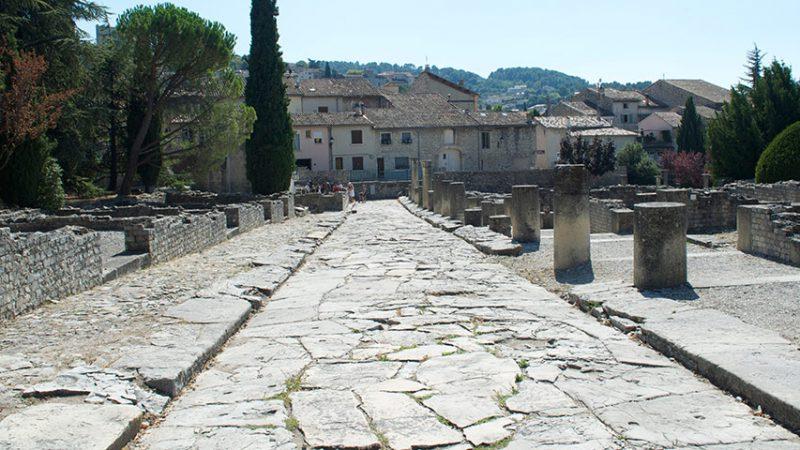 vaison-la-romaine-römerstadt-provence