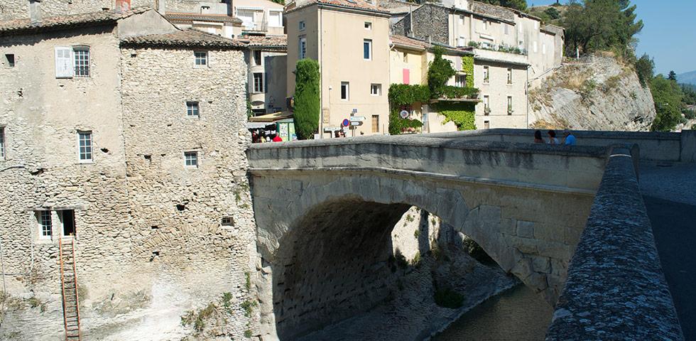 Pont Brücke von Vaison la Romaine