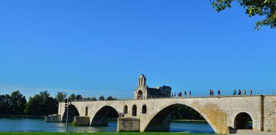 vaucluse-pont-avignon-St-Benezet-provence