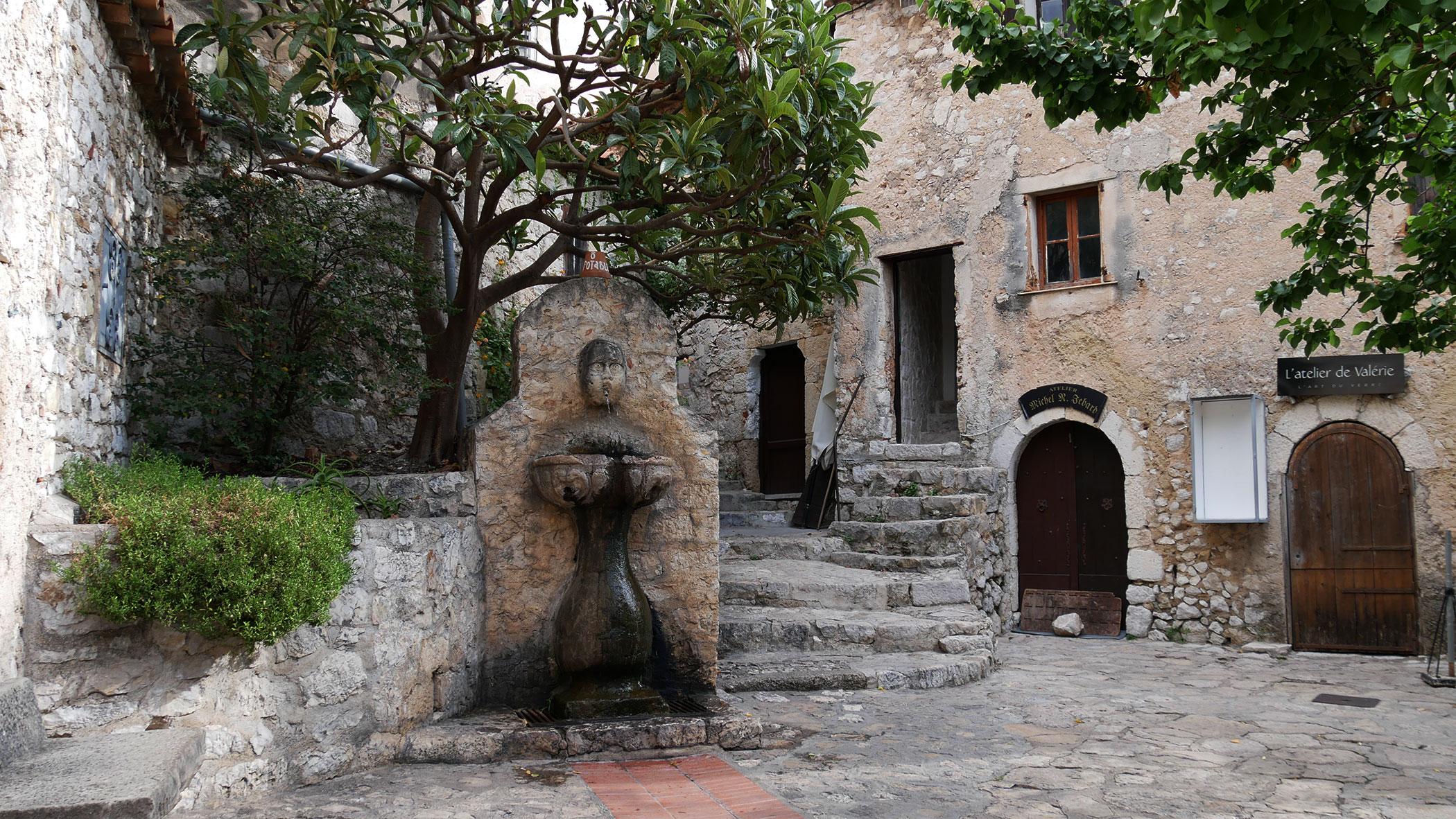 Brunnen in Èze